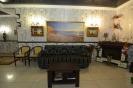 Удобный диван для наших посетителей